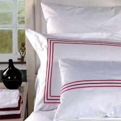 蓝天白云--红色 酒店床上用品