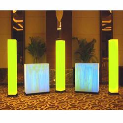 酒店大堂 灯柱
