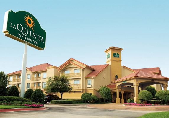 黑石旗下拉昆塔酒店正考虑进行业务拆分司