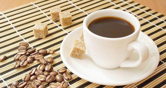 喝咖啡过量伤身 成年人一天摄取不超4 杯