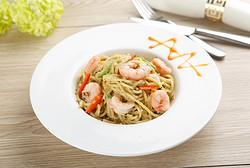 芝士海鲜青酱面Spaghetti with Shrimp and Cheese in Italian Style Basil Sauce