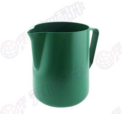 Rhinowares 绿色奶缸 600ml 20OZ Milk Jug green