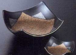 黑釉金彩 角刺身钵