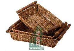 竹藤编织杂物筐