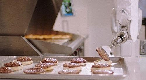 """动作太慢被""""解雇"""" 汉堡机器人Flippy只干了一天活儿"""