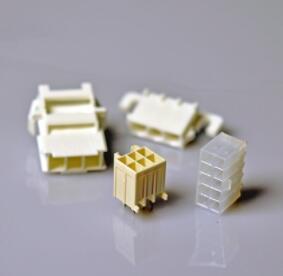标准矩形连接器