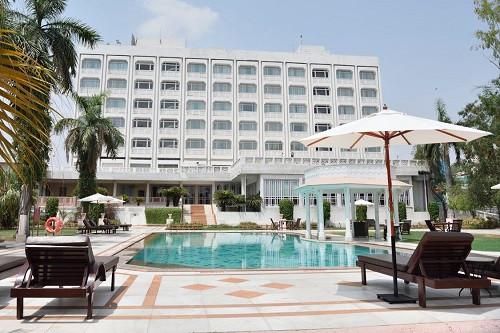 8月国内中端酒店品牌榜单发布  假日华美达位列前10