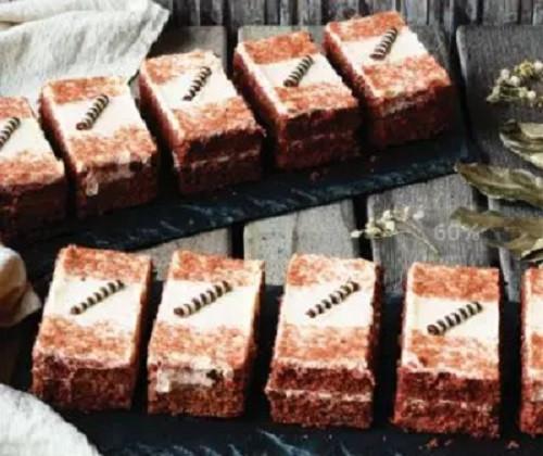 布朗尼蛋糕,布朗尼,芝士蛋糕,美食來襲  雙層巧克力布朗尼蛋糕來了