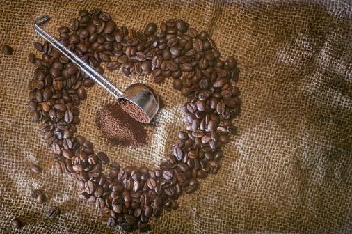 肯尼亚AA咖啡豆的特点怎么样 如何选择